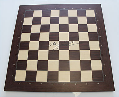 Original DGT Board of the Worldchampionship 2016 signed by Worldchampion Magnus Carlsen